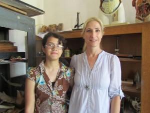 Mirjana na nastavnicom Sanjom Jovanovic koja joj predaje srpski jezik i knjizevnost
