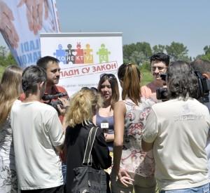 Mladi su zakon - Konkurs 2014. - Konf. za stampu na stadionu 01
