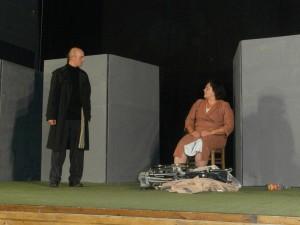 Scena iz predstave Pracka1
