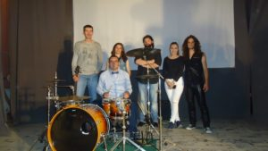 9. Rock band (4)